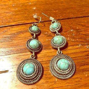 Jewelry - Turquoise drop earrings